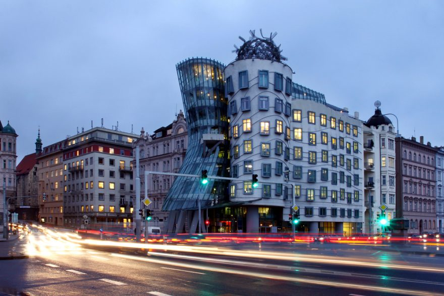 Critical Thinking Paper on Dancing House